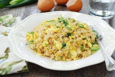 برنج و تخم مرغ سرخ شده